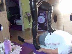 Trampling mit Stiefel Boots