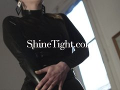 ShineTight|First latex experience for unknown beauties