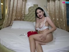 TS Filipina Horny Beautiful Babe In Valentines