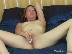 Brunette Stacia Toying Her Muff