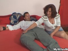 Old motherinlaw pulled his dick for riding