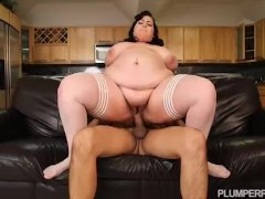SSBBW Maid Eliza Allure Cleans Juan Largo Cock