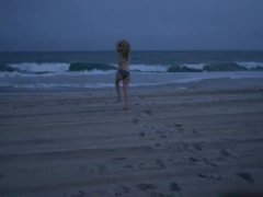 Yvonne Strahovski Nude Scene In Louie Series –  ScandalPlanetCom