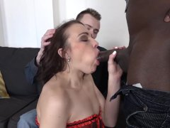 My Girlfriend Likes Black Cock And I want to lick cum from her pussy