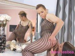 Lesbea Alt punk teen has virgin lesbian orgasm with glamorous older woman