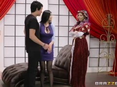 Brazzers - Brenna Sparks gets a big D in Yurizan Beltran's drama class!