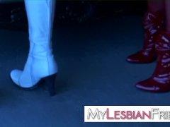 lesbian milf squirters