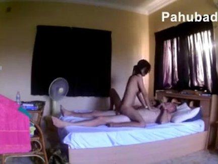 Dalawang Pinay na Threesome phBdz3s