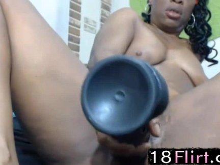 Hot ebony mom Queen Anita squirting 18flirt