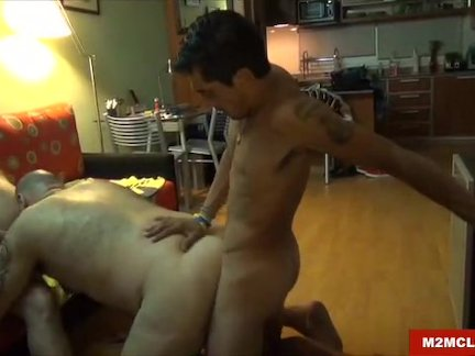 Bear Fucked by Str8 Dudes
