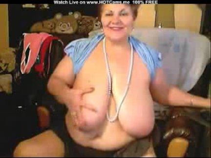 Huge Tits BBW Russian Granny Masturbate