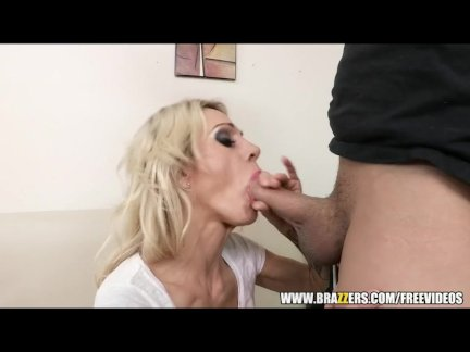 Slutty blond maid Sarah Jessie fucks peeping-tom - Brazzers