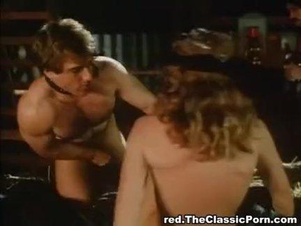 Порно фильмы в купе вагона