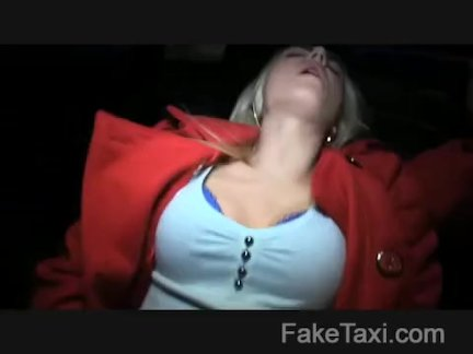 Hot blonde Prague beauty knows what she wants
