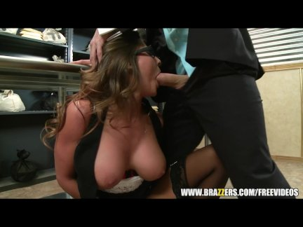 Madison Ivy has an ass that needs a fucking - brazzers