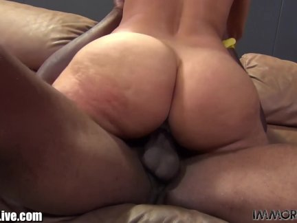 Sheila Marie needs a black man to stretch her