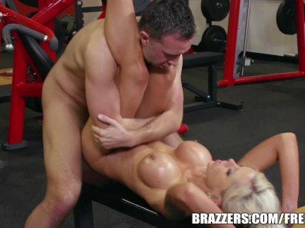 Nina Elle takes a big dick - brazzers