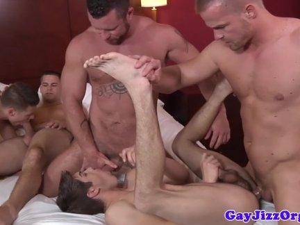 Наити фотки геи занемаюца сексом