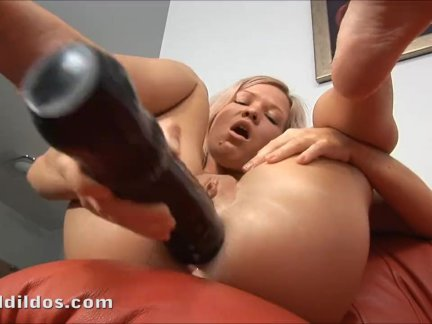 Teen gaping her tight asshole with big dildo