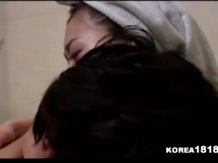 Корея попки соло в постели видео