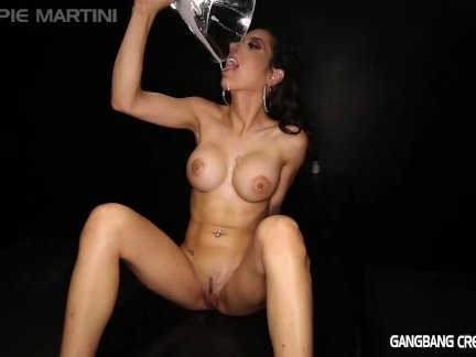 Gangbang Creampie Pour that cum into my mouth