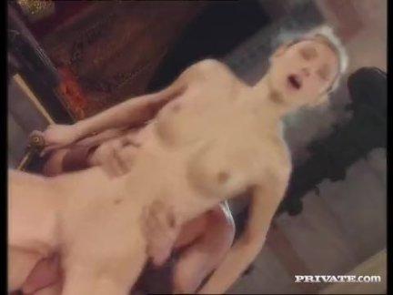 Sexo Porno De Gladiador Conquistando Duas Novinhas Gostosas
