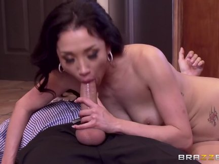 Cheating wife Vicki Chase loves anal – Brazzers
