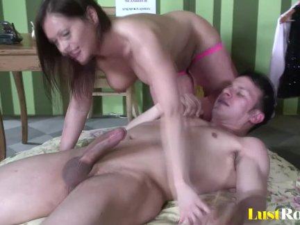 Ass lovers will definitely enjoy watching  Katja Kassin