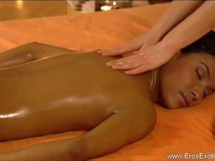Women Love The Massage