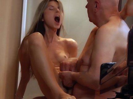 Смотреть порно про русских неверных молодых жен