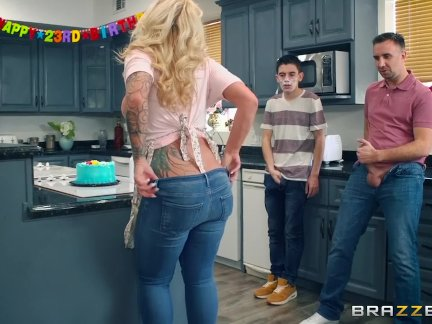 Ryan Conner can take four dicks at once - Brazzers