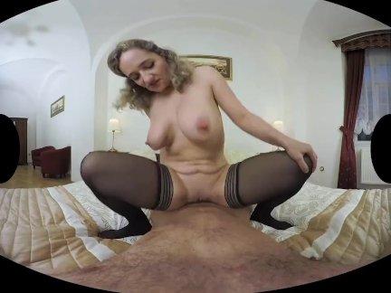 ლ(▀̿̿Ĺ̯̿̿▀̿ლ) Casada Safada Dando Pra Maridão Em Realidade Virtual Porno