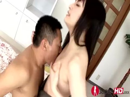 Cheating Japanese Milf Squirting