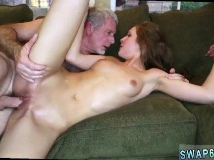 Papai Mais Velho Comendo Novinha Ruiva