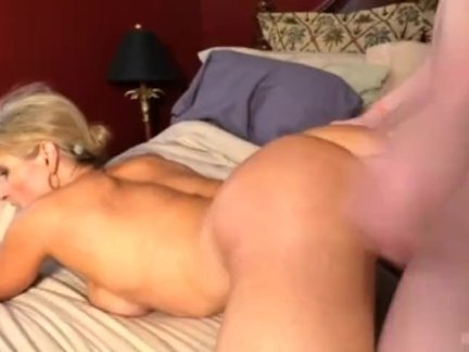 Creampie Mom – Amanda Verhooks with young boy
