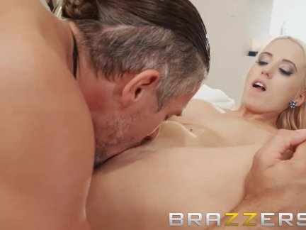 Brazzers - Cute blonde Aspen Romanoff loves big dick