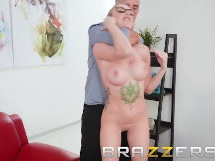 Brazzers - Nude boss Jenna Jones, is ultra spiritual