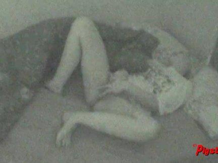 Анал скрытая женская мастурбация
