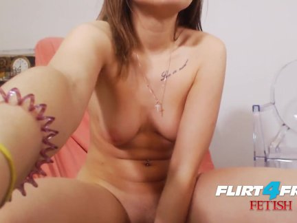 Skylar Jewels on Flirt4Free Fetish - Euro w Foot Fetish Plays and Squirts