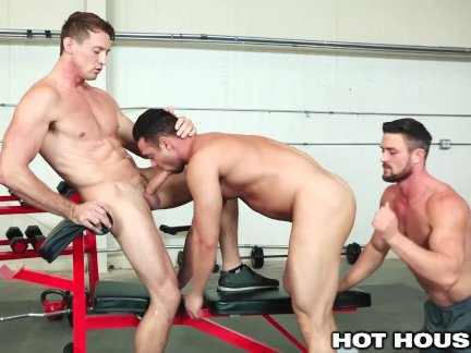 HotHouse Ryan Rose Cumshot For 2 Of His Boys At The Gym