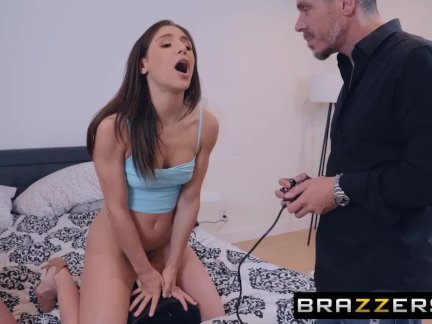 Abella Danger & Brandi Love have fun on a MOTORBUNNY - BRAZZERS