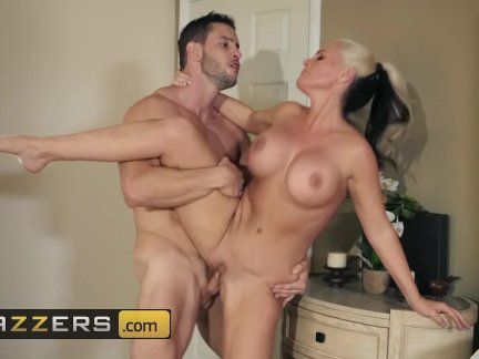 Hot wet Mommy Alena Croft Always Says Yes to her new stepson – Brazzers