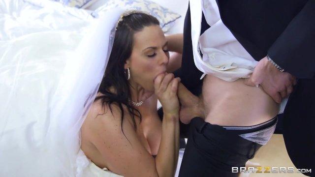 Невеста уединилась с другом жениха для анального секса