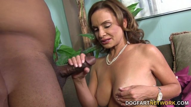 Busty Cougar Rebecca Bardoux Loves BBC Anal - sex video