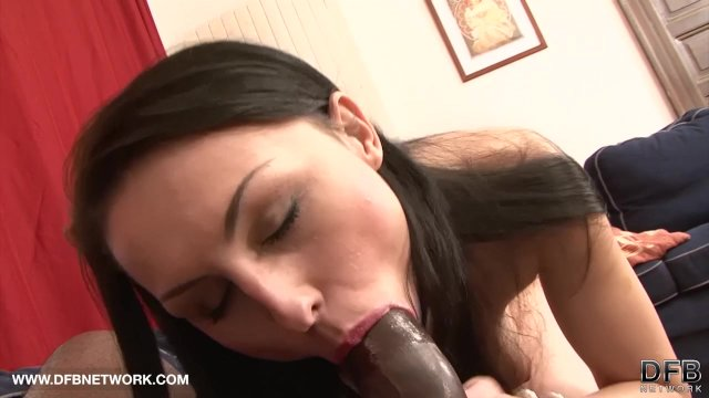 Cum Licking Milf Casting For Interracial Porn gets fucked POV she swallows - sex video