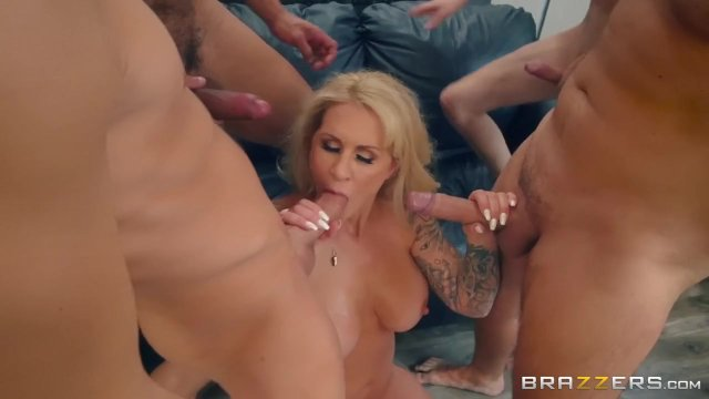 Brazzers - Ryan Conner can take four dicks at once - sex video