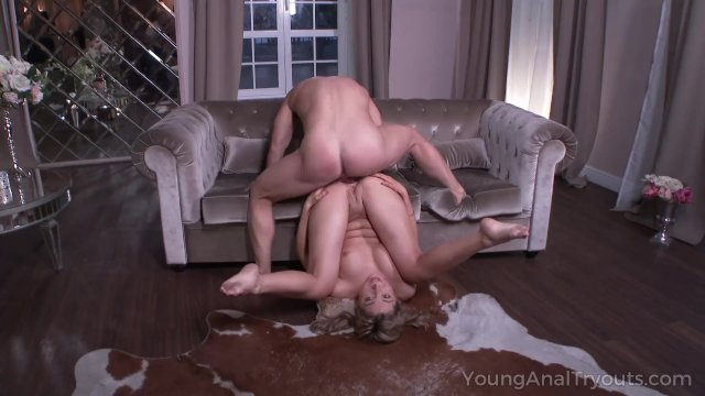 Curvy blondie teases her boyfriend