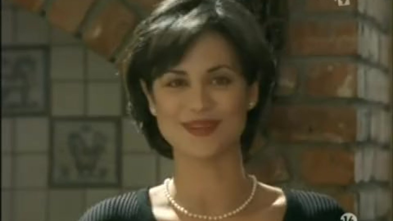 Catherine bell in hot line