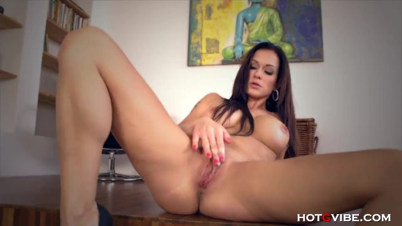 MILF Shivers from Screaming Orgasm
