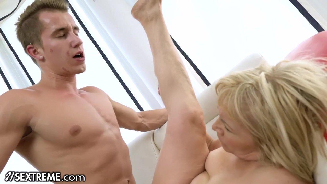 21sextreme Granny Loves Anal Sex Redtube Free Anal Porn
